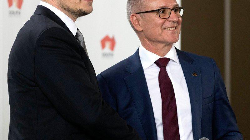 Elon Musk, PDG de Tesla (à g.), et Jay Weatherill, premier ministre de l'Etat d'Australie-Méridionale, lors de leur conférence de presse, le 7juillet.