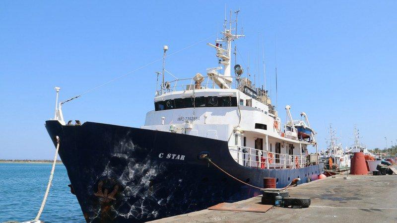 """Crise migratoire: le navire anti-migrants du collectif """"Defend Europe"""" achève sa première mission avec """"succès"""""""
