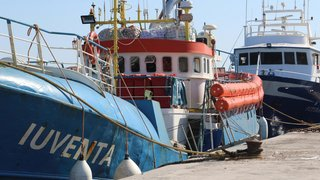 Médecins sans frontières bloqués par la marine italienne