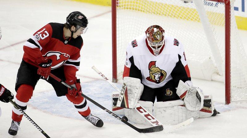 Nico Hischier a inscrit 14 points en dix-sept rencontres pour ses débuts en NHL.