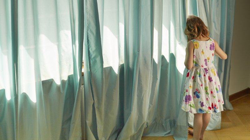 Les pédophiles pourraient être interdits à vie de travailler avec des enfants, le National en débat ce lundi