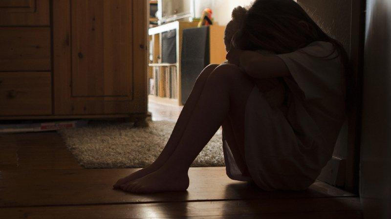 Toujours plus d'enfants souffrent de troubles dépressifs.