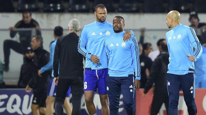 Football: suspendu jusqu'en juin, Evra ne jouera plus avec l'OM après son coup de pied à un supporter