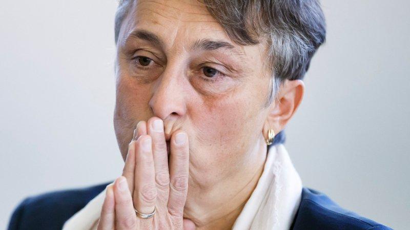 Sous pression,  Marie Garnier démissionne