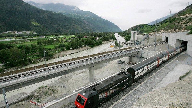 Les CFF «s'efforceront» de réaliser le doublement de la voie du tunnel ferroviaire du Lötschberg dans  le cadre du Programme de développement stratégique 2030-2035.