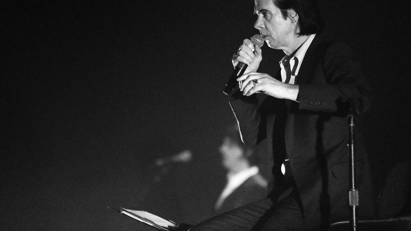 """Début de prêche sépulcral pour Nick Cave, qui exorcise sur son dernier album """"Skeleton Tree"""" la douleur du décès de son fils."""