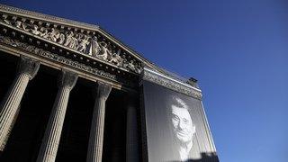 Paris: hommage exceptionnel d'adieu à Johnny Hallyday