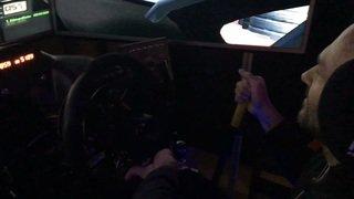 """Berguerand et Carron ont testé le """"SimulRacing"""", un simulateur de course pour piloter comme les pros"""
