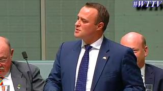 Un parlementaire australien demande son conjoint en mariage au Parlement
