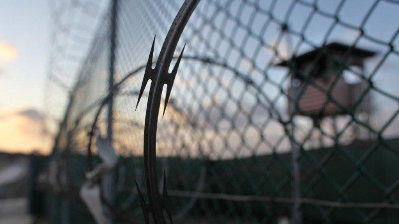 Guantanamo: onze détenus musulmans portent plainte contre Donald Trump