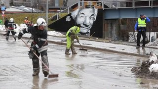 Après la neige, de la boue dans la station de Champéry (VS)