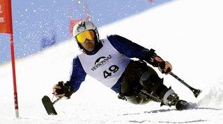 Ski handicap: des rafales de plus de 100km/h balaient le géant de coupe du monde programmé mardi à Veysonnaz