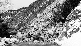 De nouvelles pierres  ont dévalé la montagne