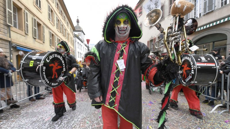 Carnavals du Valais: toutes les photos des cortèges du week-end