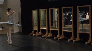 Danse classique: dans les coulisses du prix de Lausanne