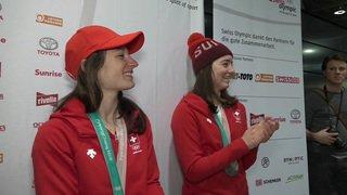 Magnifique accueil à Zurich pour les médaillées de ski-freestyle Sarah Höfflin et Mathilde Gremaud