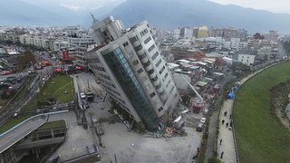 Un violent tremblement de terre mortel à Taïwan