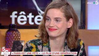 Noémie Schmidt à la fête à la télévision française