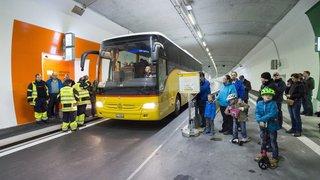 6500 Valaisans ont découvert le nouveau tunnel autoroutier d'Eyholz dans le Haut-Valais