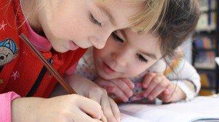 Ecole: faut-il supprimer les devoirs à la maison? Une réflexion est menée en Valais