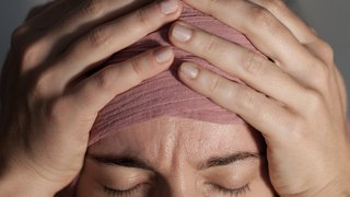 Santé: un employé sur deux s'absente une semaine par mois à cause de la migraine
