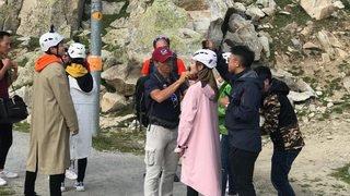 Une équipe de tournage chinoise sur le glacier d'Aletsch