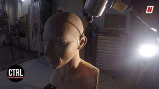 Sierre: un collectif d'artistes utilise un bras robotisé pour créer