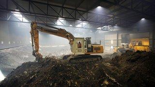 Face à la pollution, les entreprises du site chimique de Monthey n'ont pas eu le choix: assainir ou mourir