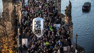 République Tchèque: 20'000 personnes manifestent contre le Premier ministre