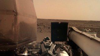 Espace: la sonde InSight envoie ses premières images de la planète Mars