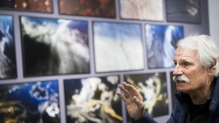 Yann Arthus-Bertrand à la fondation Opale à Lens