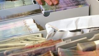 Des détectives engagés par le fisc