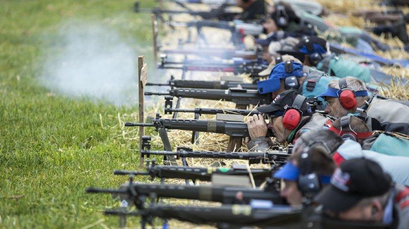 Armes à feu: 125'000 signatures contre la nouvelle loi, on votera le 19 mai