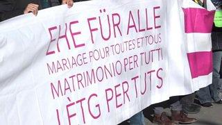 Berne: les couples lesbiens demandent l'accès au don de sperme