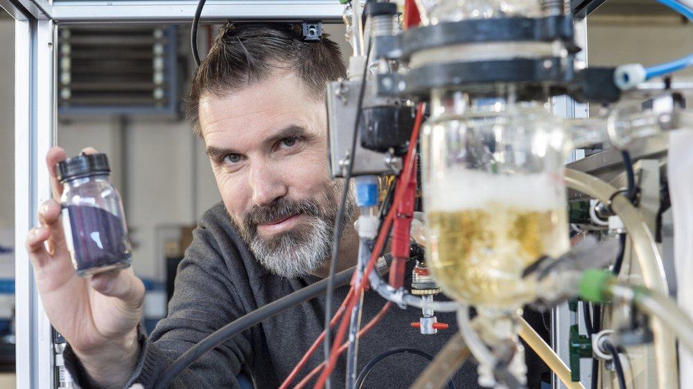 David Crettenand, créateur de RedElec Technologie SA, a inventé une technologie économique et écologique pour teindre les jeans.