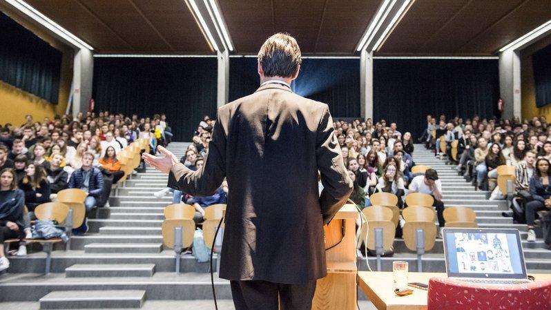 A Sion, les lycéens se forment aux médias pour le bien-être de la démocratie
