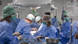 Don d'organes: tous les 5 jours, un patient décède, les cantons latins veulent que ça change