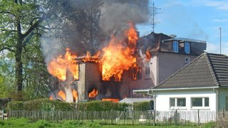 Thurgovie: des restes d'un cadavre retrouvés après un incendie à Salmsach