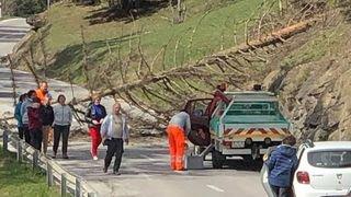 Valais: trois routes coupées à cause du foehn