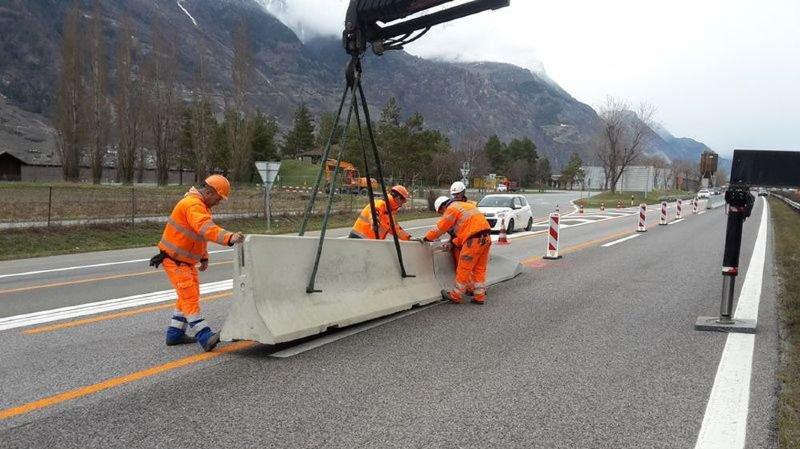 Le chantier autoroutier provoque une interruption provisoire du trafic.