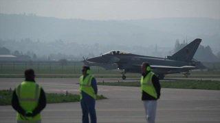 Les Suisses ne voteront que sur les avions de combat