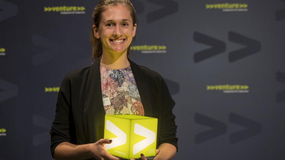 Samantha Anderson de la start-up sédunoise DePoly remporte un prix de 150 000 francs.