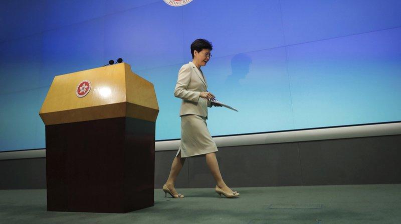 """Hong Kong: le projet de loi sur les extraditions est """"mort"""" selon Carrie Lam, la cheffe du gouvernement"""