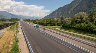 Valais: on roule sur une voie sur l'autoroute A9