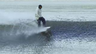 Ski freestyle: la nouvelle folie de Candide Thovex? Rider sur l'eau