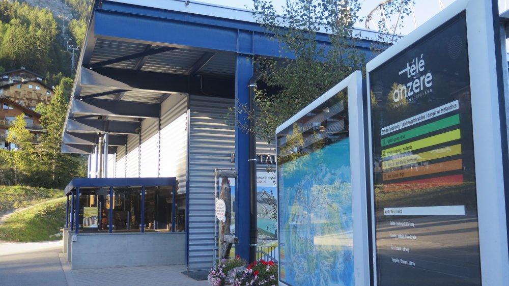 Selon le rapport de la commission ad hoc, le tourisme génère 150 équivalents plein temps sur la commune d'Ayent.