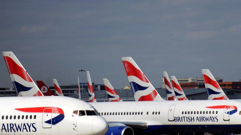 Le Royaume-Uni déconseille tout trajet en avion, sauf les voyages essentiels, à destination ou en provenance de la station balnéaire de Charm el-Cheikh.
