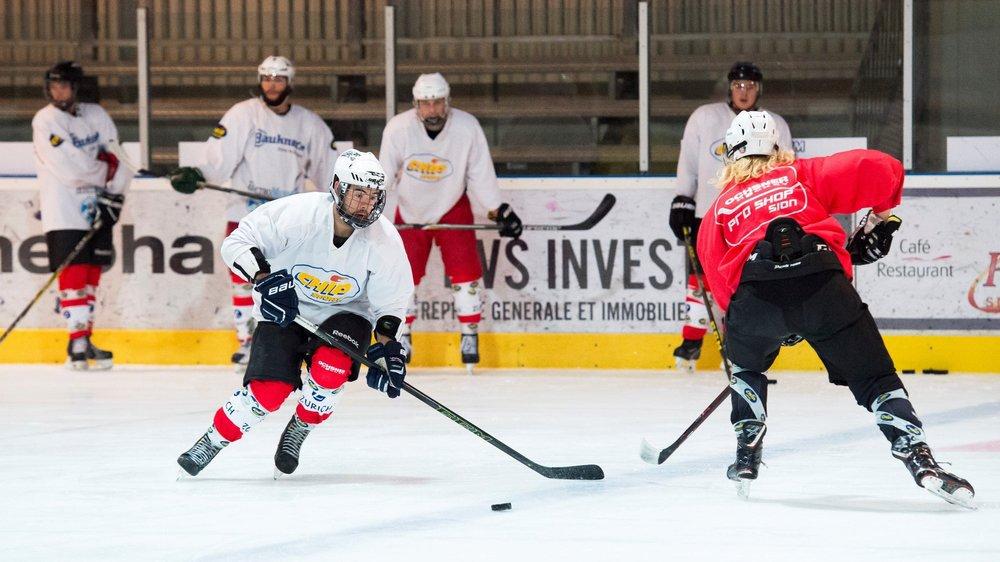 Sion - 26 septembre 2018 - Hockey  Entraînement du HC Valais-Chablais II.  Héloïse Maret/Le Nouvelliste