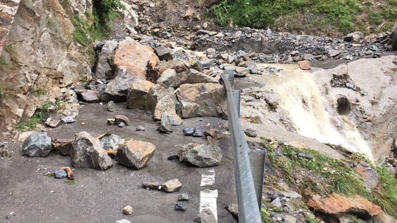 La route reliant Fully à Chiboz a été rouverte à la circulation lundi, en fin d'après-midi.