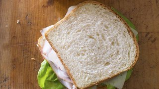Paris: la préparation de son sandwich est trop lente, il abat le serveur